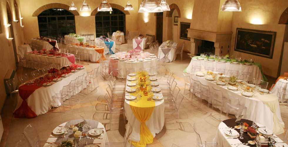 Allestimento tavolo buffet matrimonio mv66 pineglen - Ristorante con tavoli all aperto roma ...